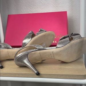 kate spade Shoes - Kate spade silver slingbacks, size 10
